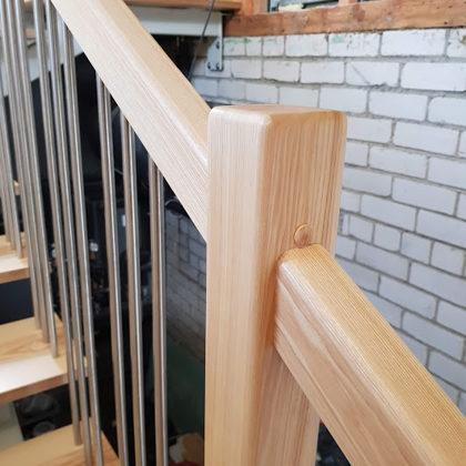 Koka kāpņu izgatavošana